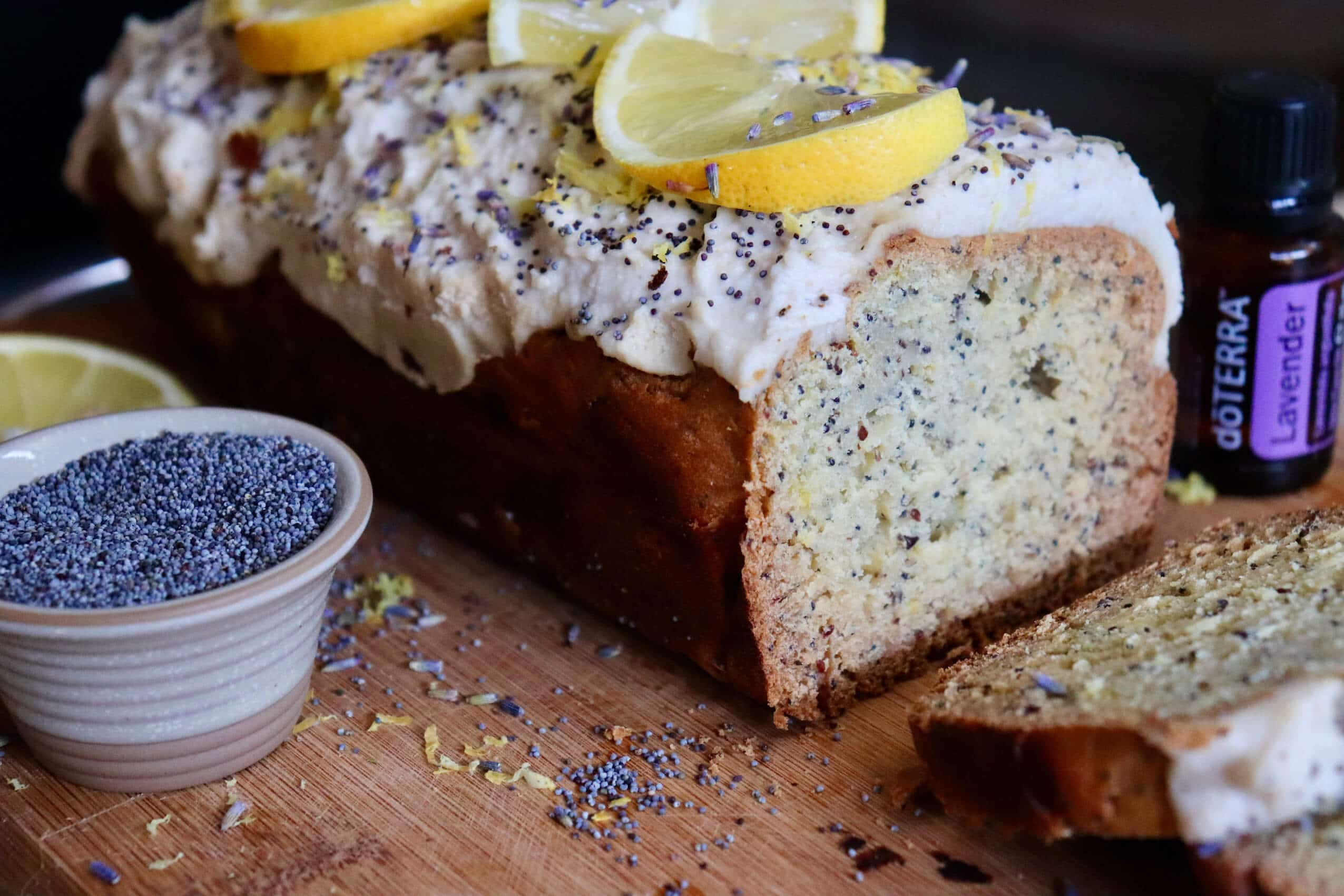 Vegan Lemon & Poppy Seed cake